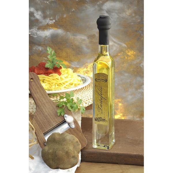 Lanýžový olej - na bázi olivového oleje (99%) s lanýžem.